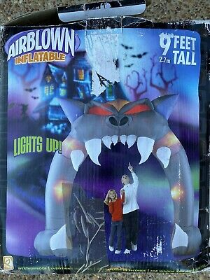 Airblown Inflatable 9ft Lighted Halloween Scary Archway