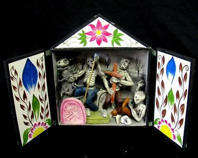 """Day Of The Dead 7 ½"""" Retablo Diorama Hand Made Wood & Clay Skeletons Cemetery"""