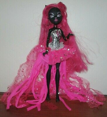 Monster High  Friday The 13Th Catty Noir First Wave Black Cat  Doll Nude