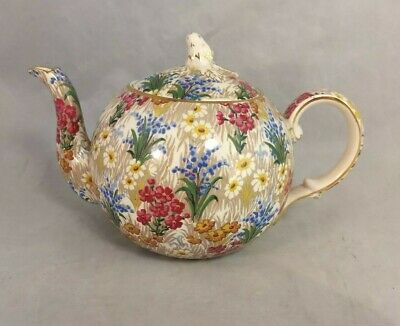 Royal Winton Grimwades Marguerite (Gold Trim) Elite Teapot with Lid - 4 Cup