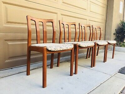 4 Mid Century Danish Modern Teakwood Dining Chairs Made By Dyrlund