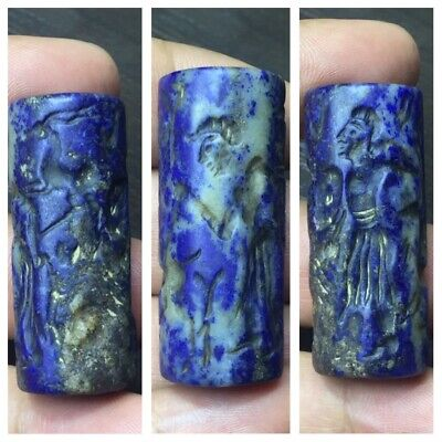 Old near eastern medieval lapis lazuli cylinder Seal nice intaglio