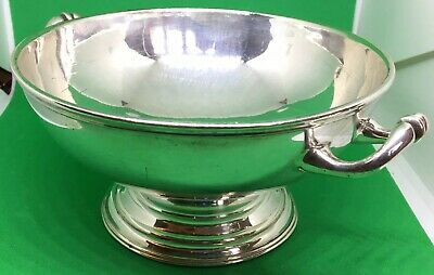 Small silver plated bowl.