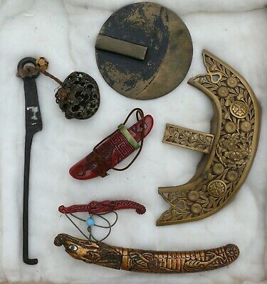 A Collection of Japanese Accessories / Curiosities, 19th/20th Century