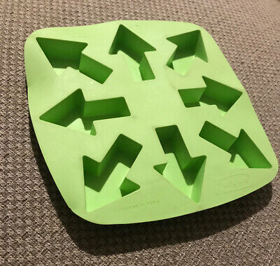 IKEA PLASTIS Green Arrow Shaped Silicone Rubber Ice Cube Mould Tray Kids Party