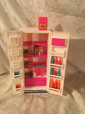 Vintage Barbie Dream House Refrigerator With Accessories