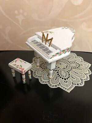 Dollhouse Grand Piano with Bench / OOAK / Handpainted / 1:12 Scale Miniature