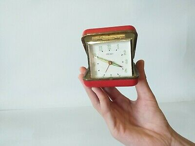 Vintage Seiko Wind Up Travel Alarm Clock Red Square .. mechanical Made in Japan.