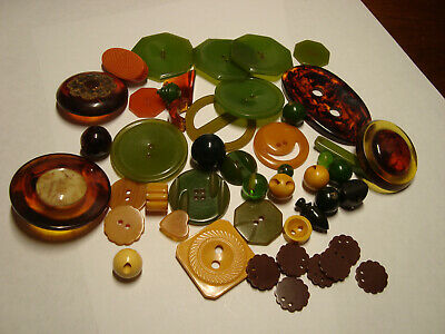 Antique Vintage LOT of GREEN, BUTTER, TORTOISE, BROWN BAKELITE buttons