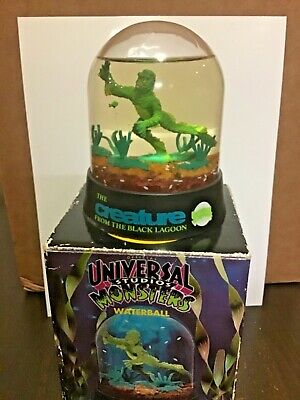 Vintage Creature From The Black Lagoon Waterball Universal Monsters Snow Globe