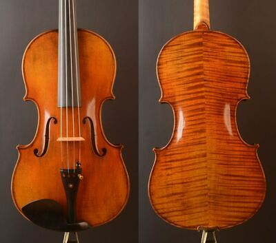 "Best model !A Strad model T20+ Viola 16.5""  strong deep  warm tone"