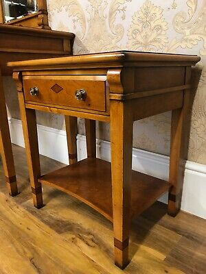 Superb Charles Barr inlaid side table, fabulous top quality rrp £1100