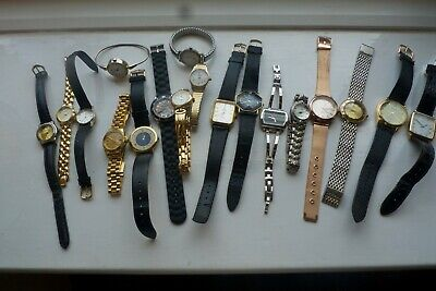 Job lot of vintage watches. Various makers