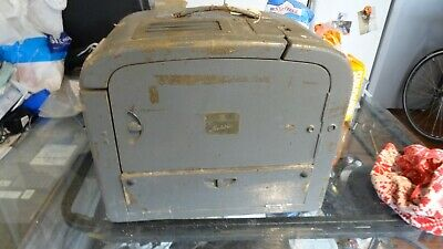 bell howell 621  16 mm film  projector