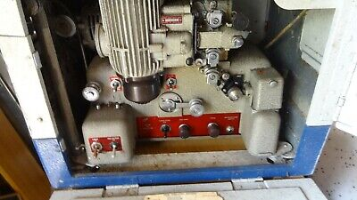 16mm film projector Bell Howell 636