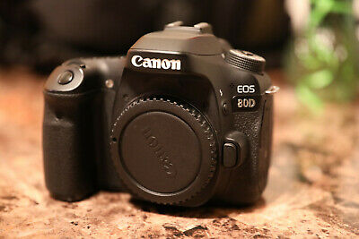 Canon EOS 80D 24.2MP Digital SLR Camera Mint Condition Body ONLY
