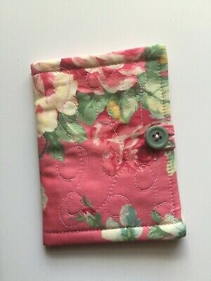 Needlecase fabric Pink floral Felt page inside Present Needles Book Quilted New