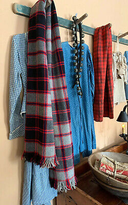 Full Size Red Throw Blanket Christmas Ready Bed Chair Peg Rack Textiles Vintage