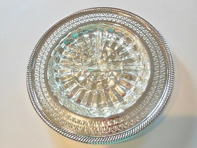 """Wm Rogers  Round Vintage Silver Plate Tray 10"""" Removable Glass Ashtray NICE"""