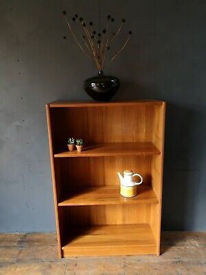 Vintage Danish Teak Shelf Unit/ Book-shelf