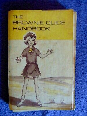 1969 Edition The Brownie Guide Handbook PLUS other Memorabillia