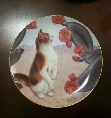 """""""Faux Paws"""" RARE Vintage Cat Plate 1993 Irene Spencer Cats & Flowers"""
