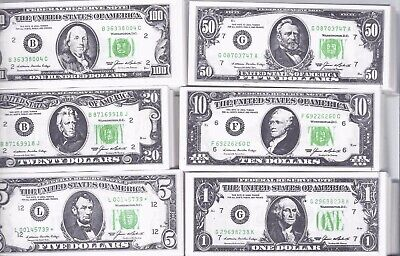 Lot of mini duplicate currency / play money, more than five hundred pieces