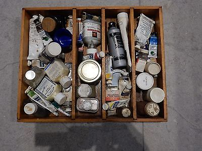 ARTISTS STUDIO HOARD  paints and miscellany !  split and use  REF ARTIST one