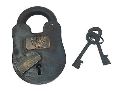 "Winchester Firearms Factory 3"" x 5"" Cast Iron Lock & Keys With Antique Finish"