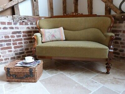 Late 19th Century Danish upholstered walnut two seater settee sofa chaise