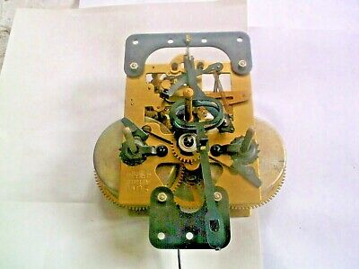 MECHANISM  FROM AN OLD WALL CLOCK GOOD working order REF W101