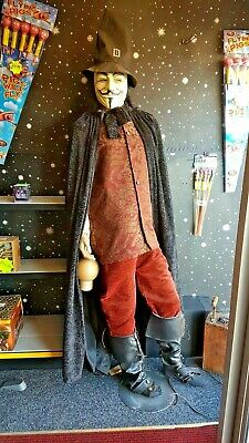 Nov 5Th Guy Fawkes Authentic Hand Made Replica Costume & Mannequin