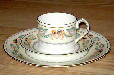AYNSLEY England BANQUET cup saucer plate TRIO fruit SCROLL tea coffee BONE CHINA