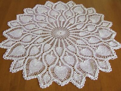 Beautiful Vintage Hand Crocheted Large Table Centre - Pineapple Pattern