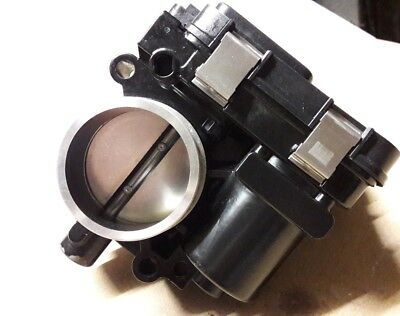 BMW R1200GS Left Fuel Body Injector Housing