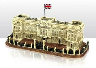 London Buckingham Palace Palace Poly Model 7 1/8in, Great Britain Souvenir, New