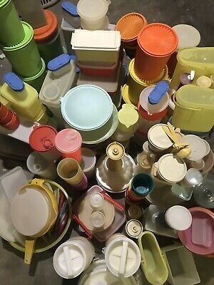 LoT Of 353 Vintage Tupperware Canisters Containers Bowls Hamburger Storage Cups