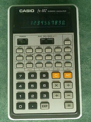 Calculadora CASIO FX-102 scientific calculator