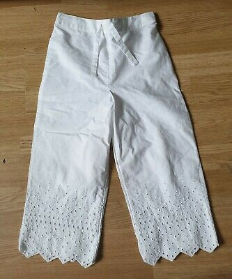 bnwot girls white trousers age 8-9 years from marks and Spencer