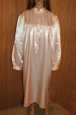 Vtg Victorian Style Peach Thicker Satin Poly Nightdress Size 18-20