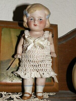 4/'/' to 5/'/'  BISQUE DOLL CROCHET JACKET OR SWEATER  /& HAT FITS APROX