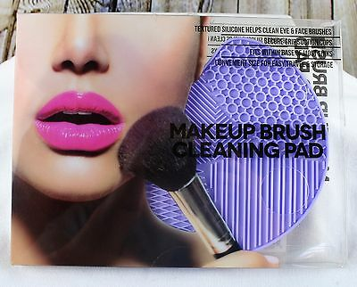 Cosmetic Make Up Brush Cleaner Mat Silcone Pad Scrubber Board Washing Tool