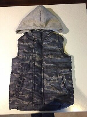 Boys Gilet Size 3 - Great Condition