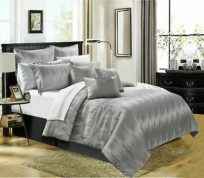 Luxury Jacquard Grey Bedspread Bedding set Comforter with 2 Pillow Cases Double