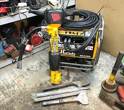 JCB Beaver Pack & HM25 Hydraulic Breaker Honda Engine.Yr.2018 ( + 4 Steels )
