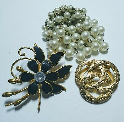 BEAUTIFUL VINTAGE BROOCHES BROACHES BROCHES and SCARF RING JOB LOT