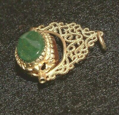 9Ct Gold Charm Victorian Style  Swivel Agate Fob  Charm 4 Large  Charm Bracelet