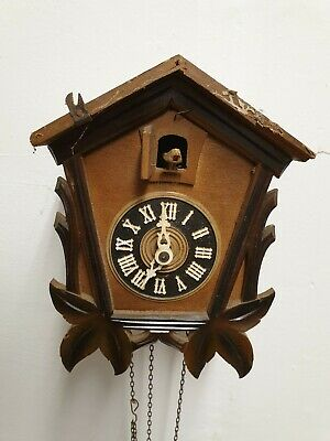 Vintage Decorative Old Wooden Cuckoo Clock For Restoration or spares
