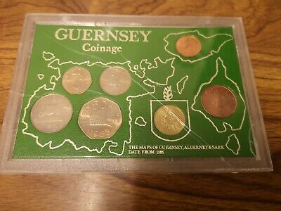 1983 Guernsey 7 coin set inc £1