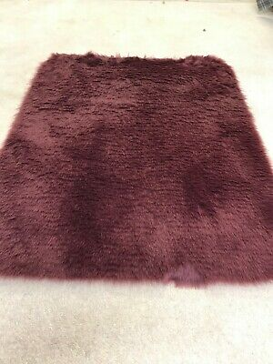 Aubergine  super soft faux fur rug cat dog pet matt brand new 90x75cm